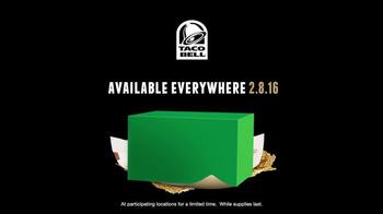 Taco Bell Super Bowl 2016 Teaser, 'Behind the Scenes: Texas Law Hawk' - Thumbnail 8