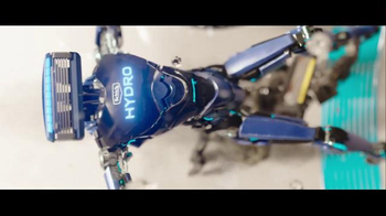 Schick Hydro Super Bowl 2016 TV Spot, 'Robot Razors' - Thumbnail 5
