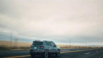 2016 Jeep Renegade TV Spot, 'Take Off' Song by X Ambassadors - Thumbnail 6