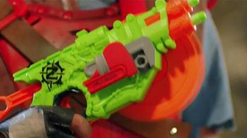 Nerf Zombie Strike Crosscut Blaster TV Spot, 'Double Barrels' - Thumbnail 4