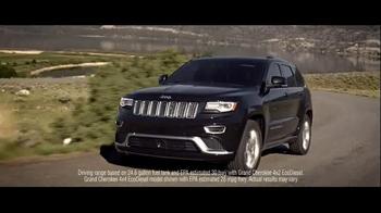 2016 Jeep Grand Cherokee TV Spot, 'Miles' - Thumbnail 8