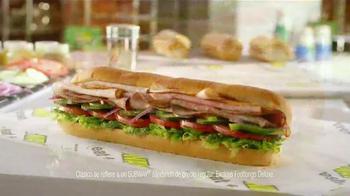 Subway TV Spot, 'Todos los Footlong clásicos' [Spanish] - Thumbnail 6