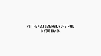 Pantene TV Spot, 'Strong Is Beautiful: Pantene Dad-Do' - Thumbnail 7
