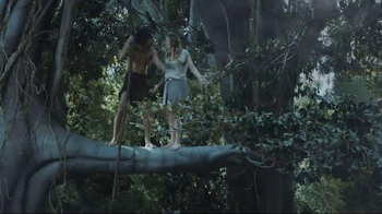 GEICO TV Spot, 'Tarzan Fights Over Directions: It's What You Do' - Thumbnail 7
