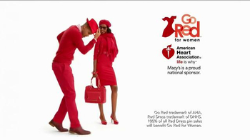 Macy's Go Red Sale TV Spot, 'Magic of Giving' - Thumbnail 5