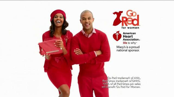 Macy's Go Red Sale TV Spot, 'Magic of Giving' - Thumbnail 6