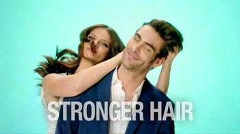 Garnier Fructis Grow Strong TV Spot, 'Stronger Hair' Song by Goldfrapp - Thumbnail 9