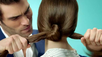 Garnier Fructis Grow Strong TV Spot, 'Stronger Hair' Song by Goldfrapp - Thumbnail 4