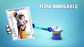 Snow White and the Seven Dwarfs DVD TV Spot, 'Disney Junior' - Thumbnail 9