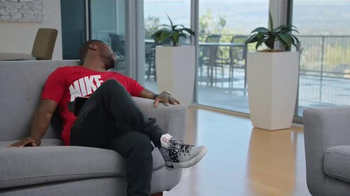 Kids Foot Locker TV Spot, 'Borrowed' Featuring Kevin Hart - Thumbnail 7