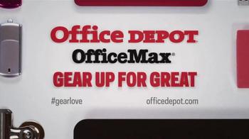 Office Depot TV Spot, 'Gearcentric: Signing Autographs' - Thumbnail 8