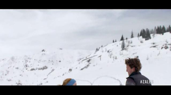 Zales Valentine's Day TV Spot, 'Snowshoeing: Valentine's Day: 30% Off' Song by OK Sweetheart - Thumbnail 5
