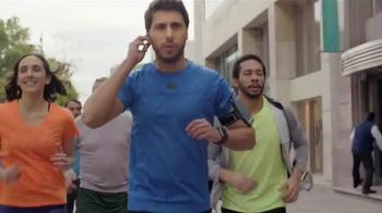 Wells Fargo TV Spot, 'Team Run' - Thumbnail 1