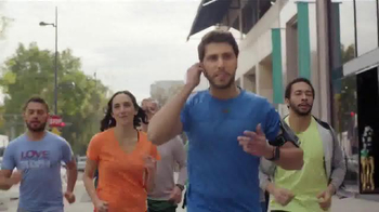 Wells Fargo TV Spot, 'Team Run' - Thumbnail 2