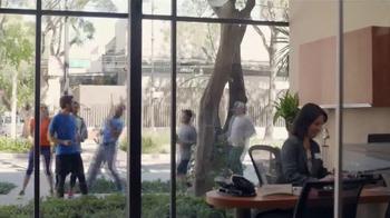 Wells Fargo TV Spot, 'Team Run' - Thumbnail 4