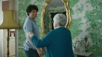 Priceline.com TV Spot, 'When Grandma's on the Line' - Thumbnail 4