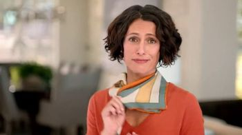 Gold Bond Ultimate Neck & Chest Firming Cream TV Spot, 'Scarf'