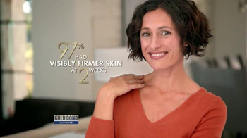 Gold Bond Ultimate Neck & Chest Firming Cream TV Spot, 'Scarf' - Thumbnail 9