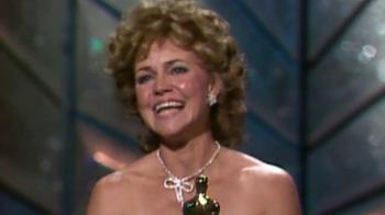 XFINITY X1 Entertainment Operating System TV Spot, 'ABC: Oscars' - Thumbnail 3