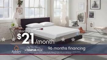Ashley Homestore Presidents' Day Mattress Sale TV Spot, 'Shop Huge Savings' - Thumbnail 3