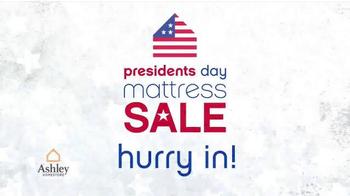 Ashley Homestore Presidents' Day Mattress Sale TV Spot, 'Shop Huge Savings' - Thumbnail 7
