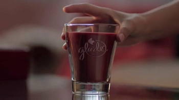 Glade TV Spot, 'Feel Warm Inside: Big, Beautiful Candle' - Thumbnail 1