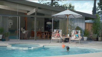 thinkThin TV Spot, 'Pool'