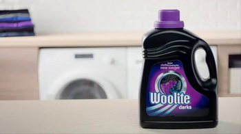 Woolite Darks TV Spot, 'Love for Dark Clothes' - Thumbnail 8