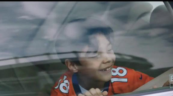 NFL TV Spot, 'Nos une' [Spanish] - Thumbnail 1