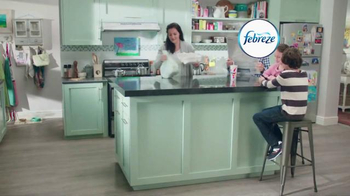 Febreze TV Spot, 'Does Your Kitchen Smell?' - Thumbnail 1