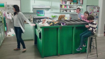 Febreze TV Spot, 'Does Your Kitchen Smell?' - Thumbnail 2