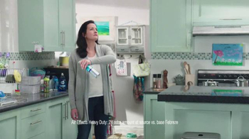 Febreze TV Spot, 'Does Your Kitchen Smell?' - Thumbnail 3