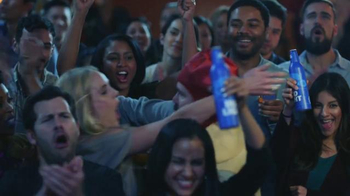 Bud Light Super Bowl 2016 TV Spot, 'Estamos Unidos' [Spanish] - Thumbnail 10