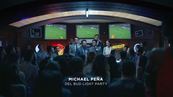 Bud Light Super Bowl 2016 TV Spot, 'Estamos Unidos' [Spanish] - Thumbnail 2