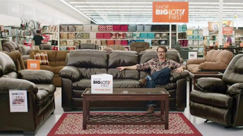 Big Lots Presidents' Day Event TV Spot, 'Dancing Family' - Thumbnail 1
