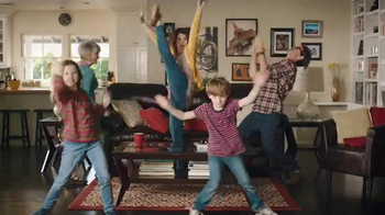Big Lots Presidents' Day Event TV Spot, 'Dancing Family' - Thumbnail 7