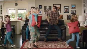 Big Lots Presidents' Day Event TV Spot, 'Dancing Family' - Thumbnail 4