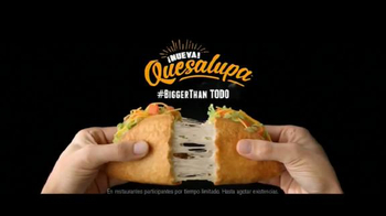 Taco Bell Quesalupa TV Spot, 'Bigger Than...' [Spanish] - Thumbnail 10