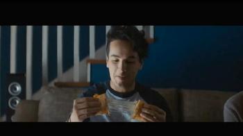 Taco Bell Quesalupa TV Spot, 'Bigger Than...' [Spanish] - Thumbnail 2