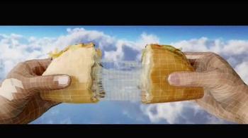 Taco Bell Quesalupa TV Spot, 'Bigger Than...' [Spanish] - Thumbnail 4
