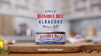 Bumble Bee Solid White Albacore TV Spot, 'Only Bumble Bee Albacore Will Do' - Thumbnail 7
