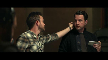 T-Mobile TV Spot, 'Binge On: Welcome' Featuring Aaron Paul - Thumbnail 6