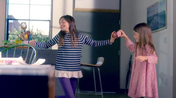 Dunkin' Donuts Heart Shaped Donuts TV Spot, 'Universal Love' - Thumbnail 4