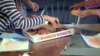 Dunkin' Donuts Heart Shaped Donuts TV Spot, 'Universal Love' - Thumbnail 5