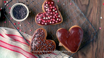 Dunkin' Donuts Heart Shaped Donuts TV Spot, 'Universal Love' - Thumbnail 6