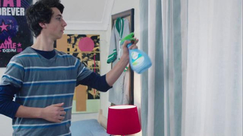 Febreze Super Bowl 2016 TV Spot, 'Does Your Bedroom Smell?' - Thumbnail 6