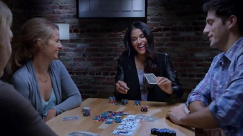 Crest 3D White Radiant Mint TV Spot, 'Juego de Poker' [Spanish] - Thumbnail 4