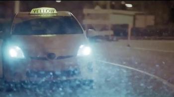 McDonald's All Day Breakfast TV Spot, 'Vuelo demorado' [Spanish] - Thumbnail 1