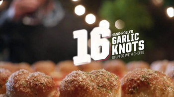 Pizza Hut Stuffed Garlic Knots Pizza TV Spot, 'All-In-One' Song by Flo Rida - Thumbnail 7