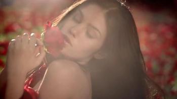 Caress Love Forever Body Wash TV Spot, 'La fragancia' [Spanish] - Thumbnail 2